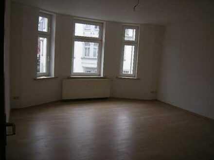 Falkenstein: Top-Wohnung im 1. OG, hell, ruhig, zentrumsnah