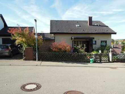 Haus mit Einliegerwohnung in Schwenningen / Heuberg
