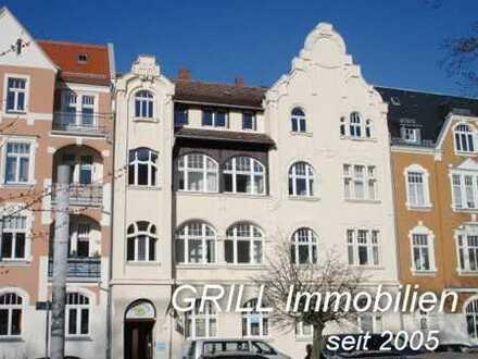 ERSTBEZUG NACH SANIERUNG* 4-RW im Charme eines denkmalgeschützten Altbaus* Balkon* 2 Bäder* EBK