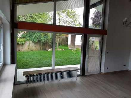 Erstbezug nach Sanierung: Angenehme, helle 5-Zi-Wohnung mit idyllischem Garten, Balkon und Terrasse