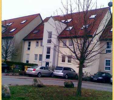 Schöne helle drei Zimmer Wohnung in Schönefeld WALTERSDORF,offen gestaltet,mit grosszügiger Terasse