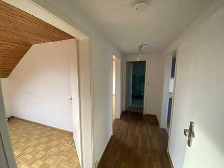 Gepflegte 2-Raum-DG-Wohnung mit Einbauküche in Senden