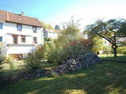 Gepflegtes Wohnhaus mit herrlichem Waldblick