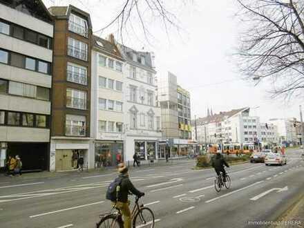 Mehrfamilienhaus mitten im Herzen der Bonner Innenstadt mit Ladenlokal ( ehem Night Club )