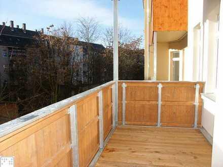 4 Zimmer mit gemütlicher Wohnküche in ruhiger Wohnstraße! +