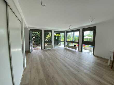 Ruhige, sanierte 2-Zimmer-Wohnung am Ortsrand von Höfingen