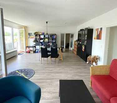 Tolle Etagenwohnung, ca. 101m², 3 Zimmer, 2. OG, 3 Balkone