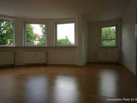 WG-geeignet - Lichtdurchflutete 3 Zimmer Wohnung