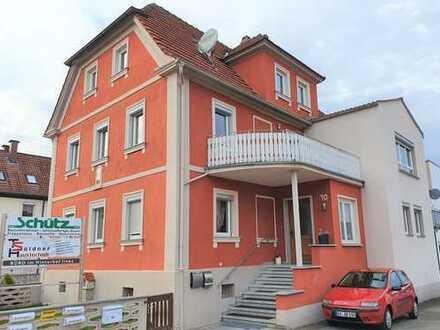 großzügige, helle zentrumsnahe 6-Zimmer Maisonettewohnung in Burgebrach