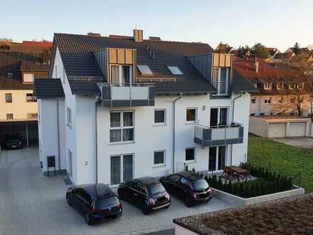 Exklusive, neuwertige 3-Zimmer-Dachgeschosswohnung mit Balkon in Würzburg/Versbach