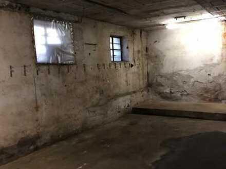 *** Abgeschlossener Lagerraum in Hochdorf mit WC***