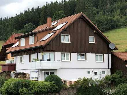 Schöne Doppelhaushälfte mit viel Platz und tollem Blick