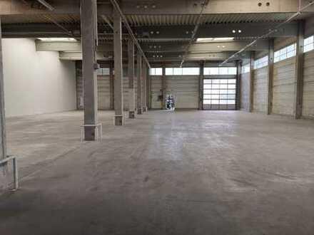 Beheizte Industriehalle, ca. 1.100 m², für Lager oder Produktion in 73614 Schorndorf zu vermieten