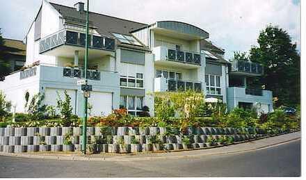 Gepflegte 1-Zimmer-Wohnung mit Balkon und Einbauküche in Petersberg-Marbach