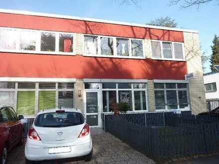 Büro/Praxis in verkehrsgünstiger Lage im Bundesviertel zu vermieten