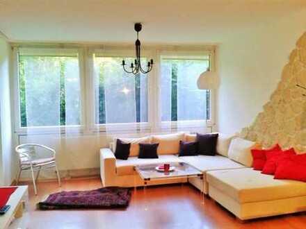 Exklusive, gepflegte 2-Zimmer-EG-Wohnung mit Balkon und Einbauküche in Bonn