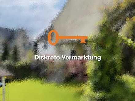 Flexibles Mehrfamilienhaus mit großem Garten in stadtnaher Lage von Lauf a.d. Pegnitz