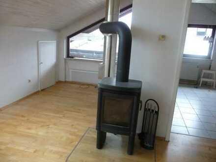 3-Zimmer-Dachgeschosswohnung mit Balkon und Einbauküche in Haiterbach