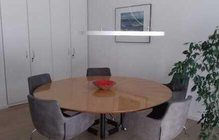 Zentral an A8 - Kanzlei/Büro - mit eigenem Garten - Sonderausstattung - von privat!