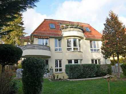 Sonnige 3 Zi-Wohnung mit großem Balkon und Gartenblick in Glienicke