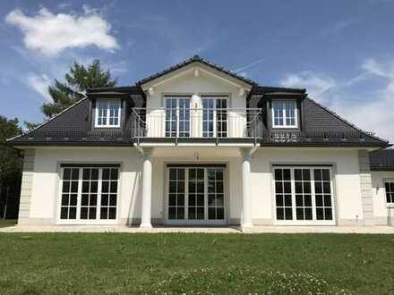 Luxusvilla: Repräsentativer Familientraum in Grünwalder Bestlage (Isarhochufer, Dr.-Max-Str.)