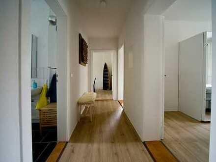 Schicke, sanierte 2,5-Zimmerwohnung!