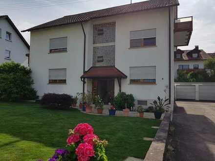 Sanierte 4-Raum-Wohnung mit Balkon in Offnburg/Zell_Weierbach