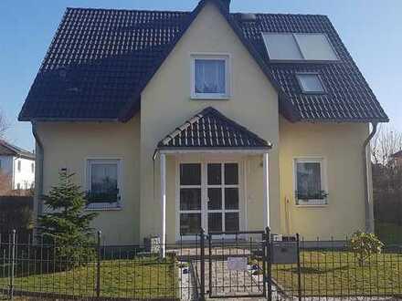 Wohnen in seiner schönsten Form! 4 Zimmer-Keller-Terrasse-Garten