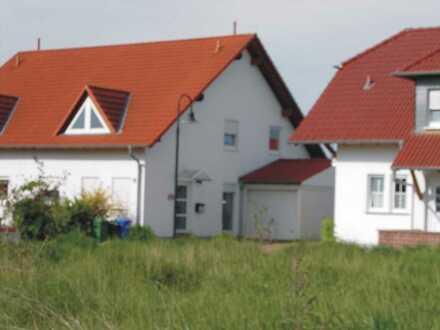 Schöne Doppelhaushälfte in attraktiver Südwestlage