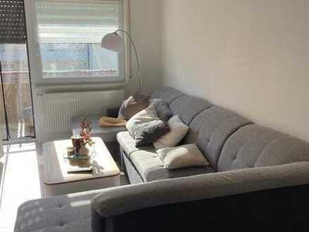 Modernisierte Wohnung mit drei Zimmern sowie zwei Balkonen und Einbauküche in Reichenbach/Fils