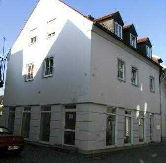 Schöne und gut vermietete Immobilie im Herzen Schrobenhausens