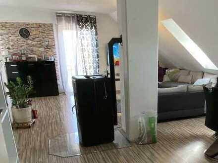 Wunderschöne 4 Zimmerwohnung mit Maisonette in Burghausen