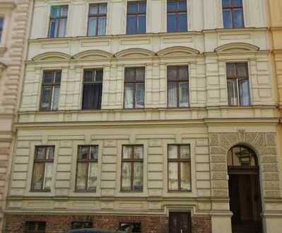 Große 2-Raum-Altbauwohnung, Küche mit Fenster