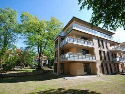 * Modern und hell direkt am Waldpark mit großem Süd-Balkon *