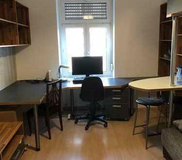 Sanierte 1-Zimmer-Wohnung mit EBK in Karlsruhe