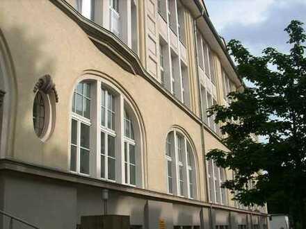 Schöne, helle 2-Zimmer-Wohnung zur Miete in Auerbach/Vogtland
