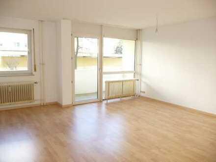 Gut aufgeteilte 3-Zimmer Wohnung und sofort verfügbar