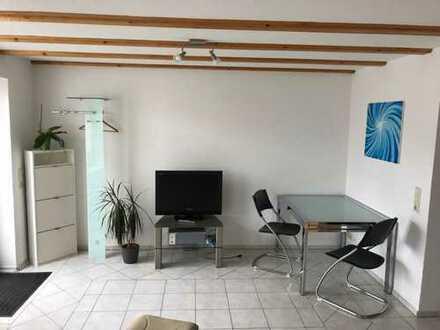 Möblierte 1-Zimmer-Erdgeschosswohnung mit Terrasse und EBK