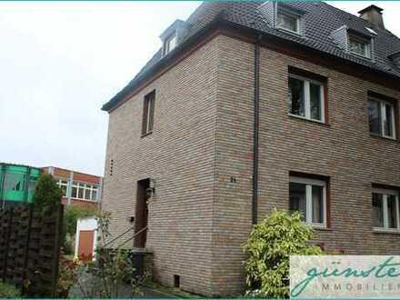 Herten: Zentral gelegene Doppelhaushälfte auf Kaufgrundstück mit Garten und Garage!