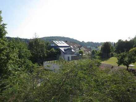 Wohnung mit Dachterrasse und tollem Ausblick in Grötzingen inklusive Einzelgarage