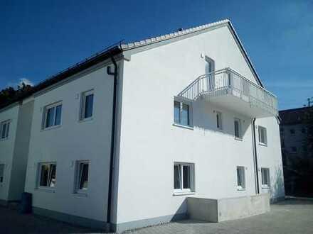 Erstbezug mit Balkon: exklusive 3-Zimmer-Wohnung in Königsbrunn, auch für München-Pendler