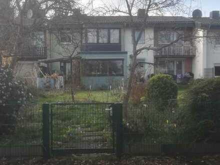 Schönes Haus mit fünf Zimmern in Köln, Höhenhaus