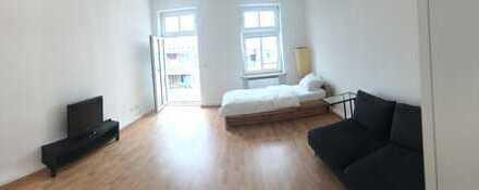 22 qm WG-Zimmer mit eigenem Balkon