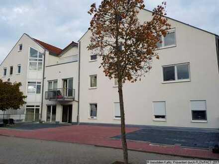 Tolle Erdgeschoß Wohnung Nähe Schloßpark