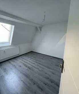 Erstbezug nach Sanierung mit Einbauküche: ansprechendes Haus mit vier Zimmern in Rottenburg