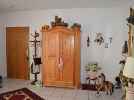 4 Zimmer Wohnung mit Balkon in Kelkheim-Hornau