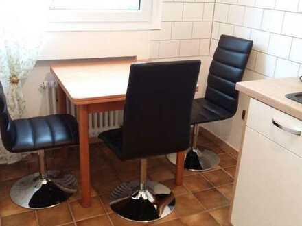 Suche Nachmieterin für eine 2er WG in Dortmund-Eichlinghofen, in ruhiger Wohnung in 8-Familienhaus.