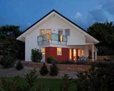 Neubau - sehr schönes Haus mit großem Garten in ruhiger, zentraler Lage !