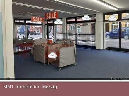 Große Verkaufsfläche in Losheim-Zentrum zu vermieten