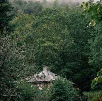 Haus mit riesigem Grundstück in der IDYLLE